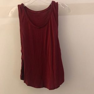 Lululemon red tank, sz 4, 68445
